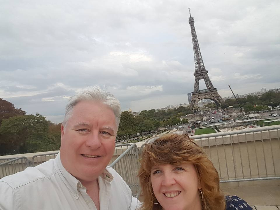 image-701990-Eiffel_Tower_Sept_2017.jpg